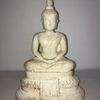 White seated buddha (thailand), glass, 28 x 18cm